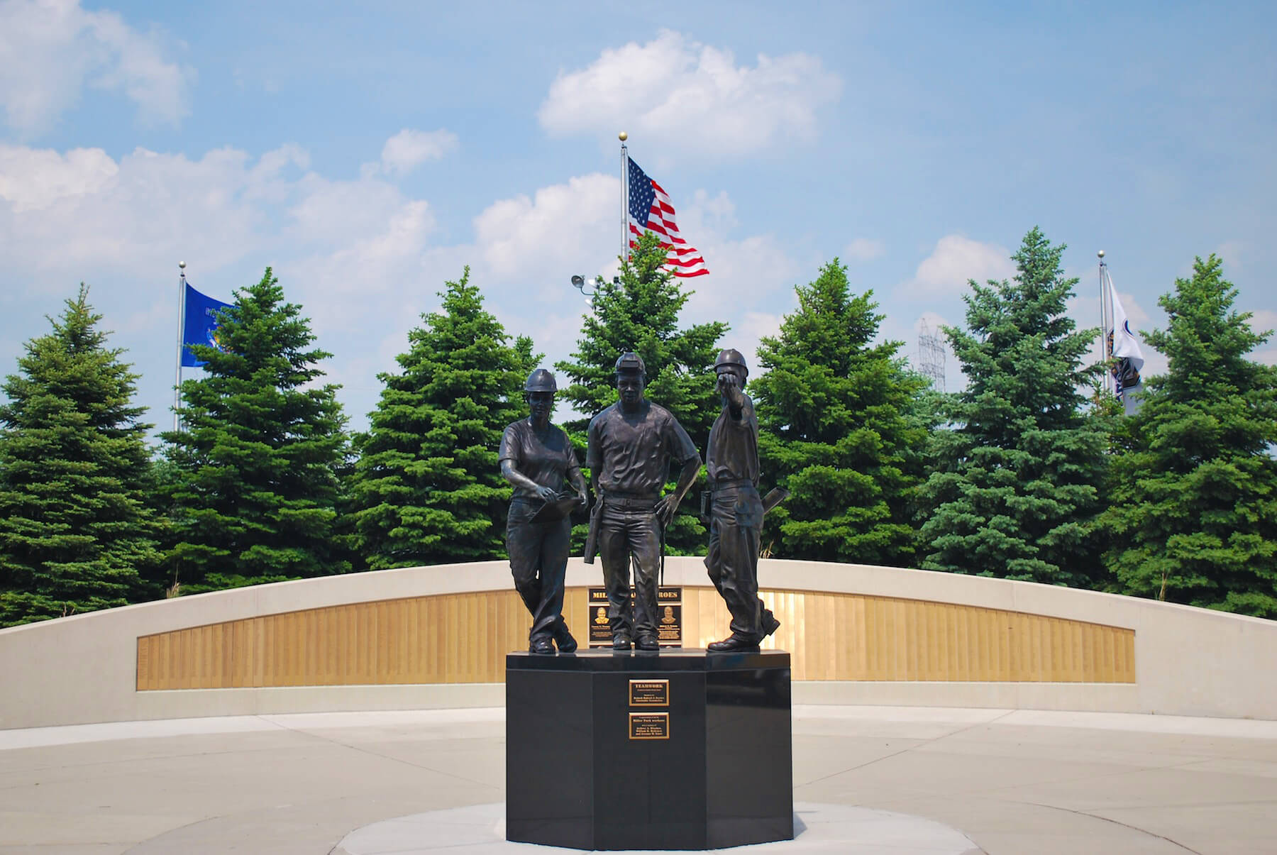 Teamwork – Memorial Commission Bronze Statue