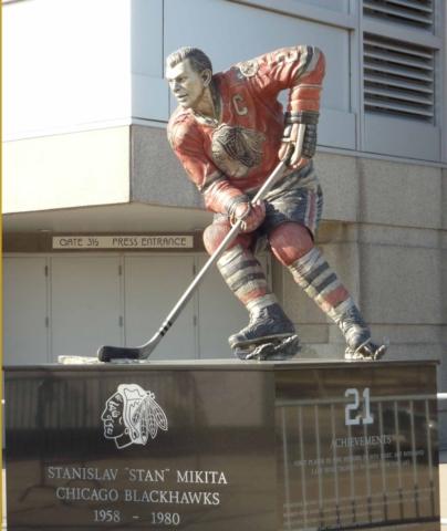 Stan Mikita, Chicago Blackhawks, statue