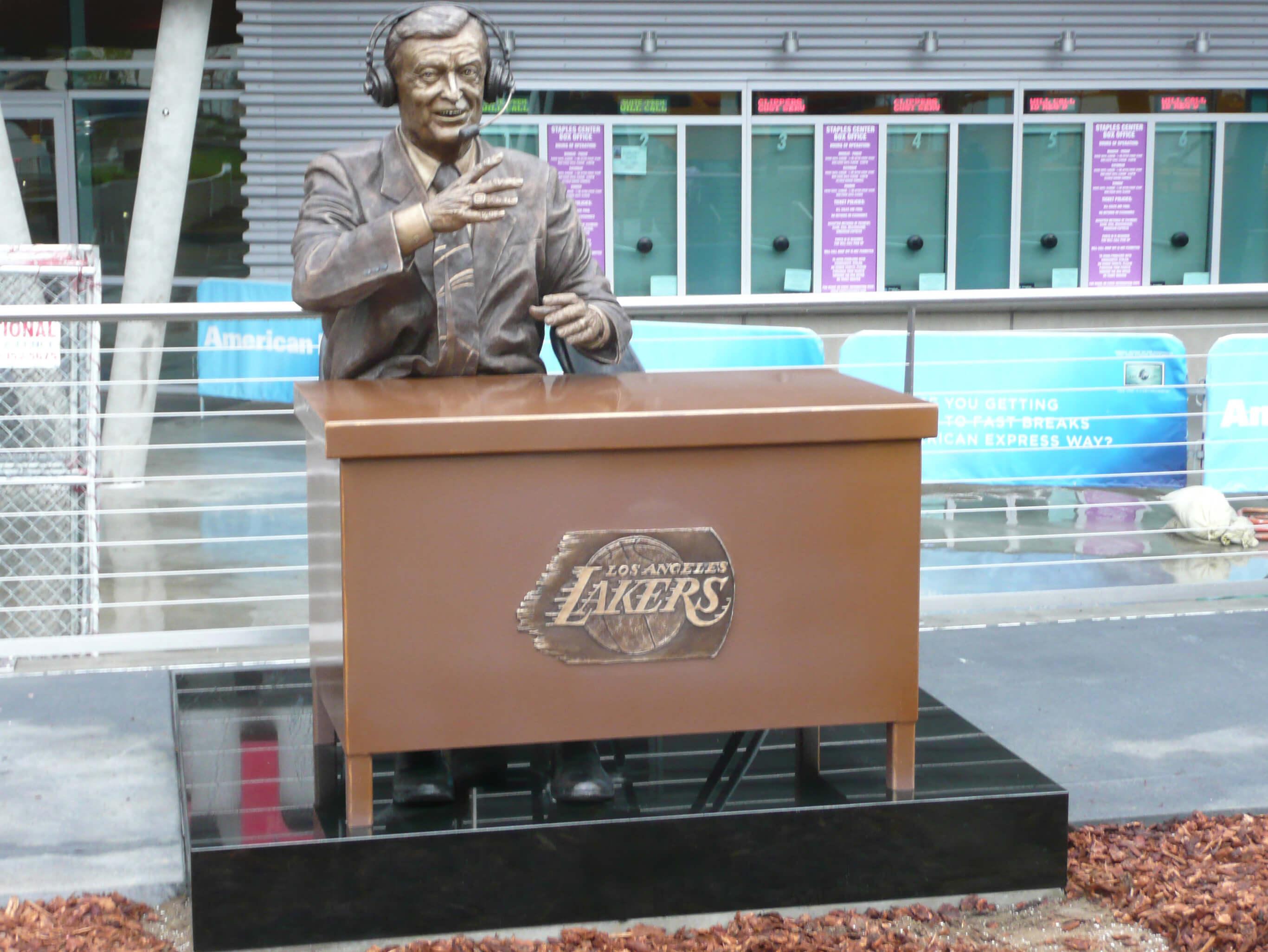 Chick Hearn statue, LA Lakers