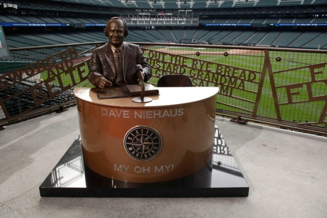 Dave Niehaus, Grand Salami, statue, Seattle Mariners