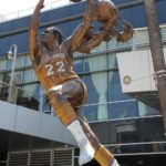 Thumbnail of Elgin Baylor – Sports Commission Bronze Statue