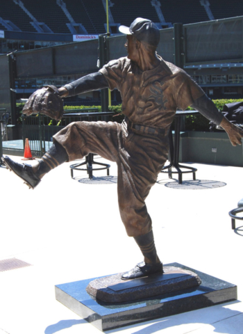 Billy Pierce statue, Chicago White Sox