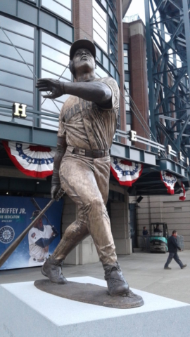 Ken Griffey, Jr., Seattle Mariners, statue