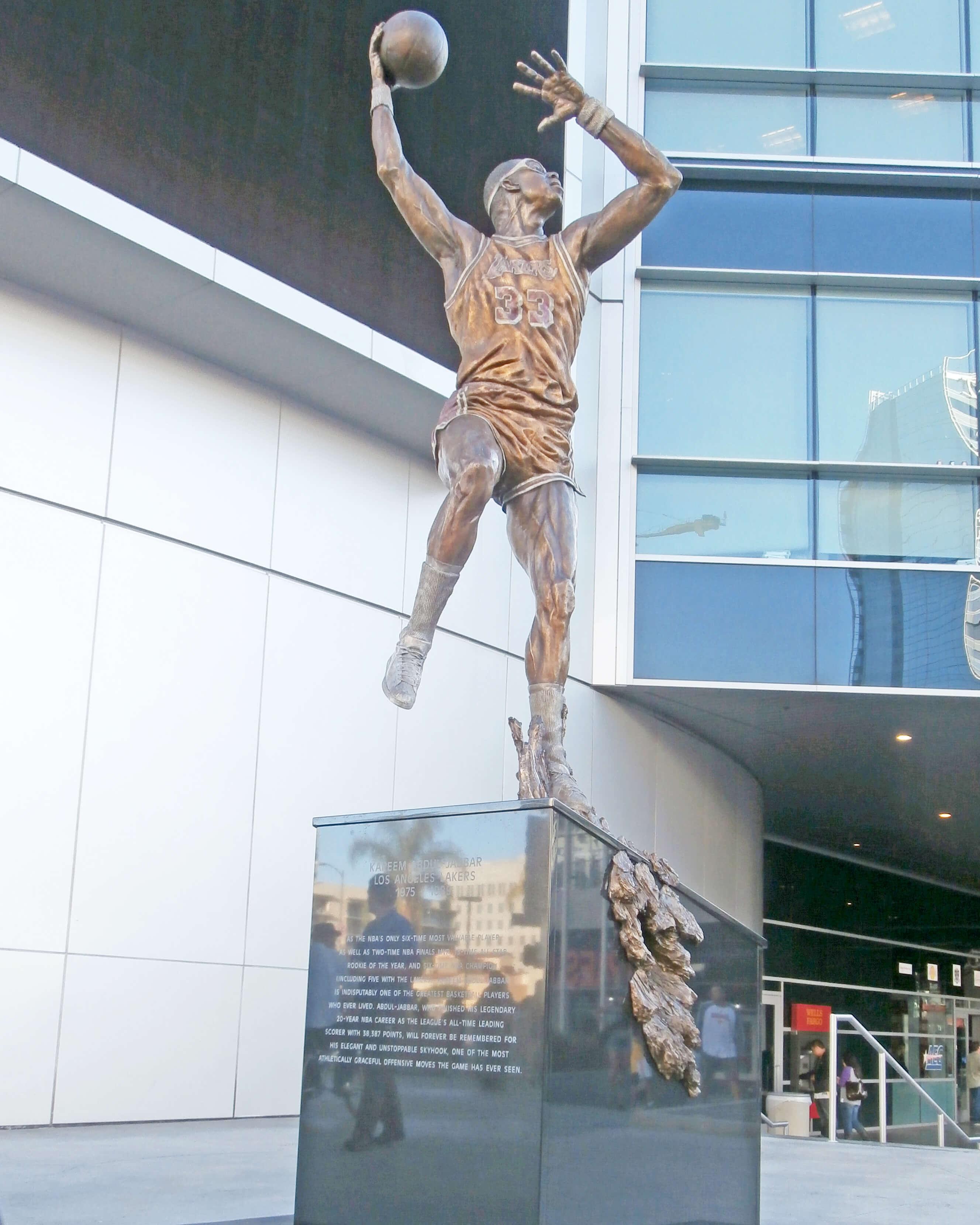 Kareem Abdul-Jabbar, statue, LA Lakers