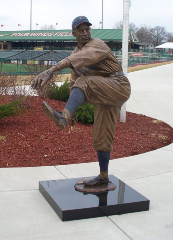 Stan Coveleski, statue, South Bend Silver Hawks,